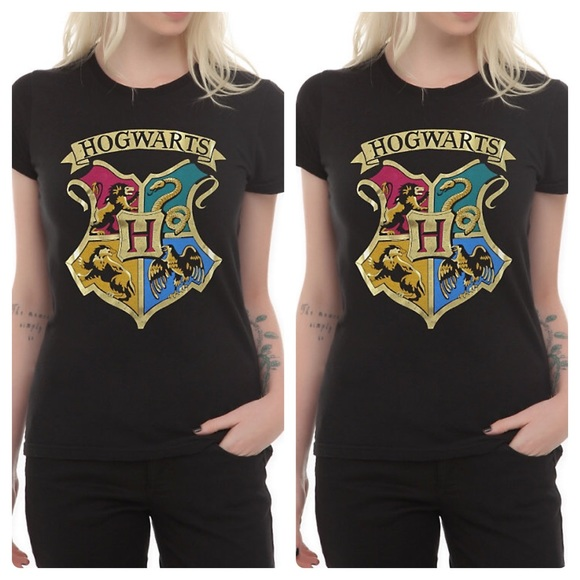 e0001f61af1 🆕NEW Harry Potter Hogwarts Gold Foil Girls Tee